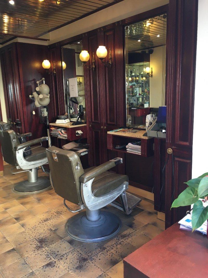 vente autre 1 pieces de 12 5 m2 83500 la seyne sur mer 1237 fond de commerce salon de coiffure. Black Bedroom Furniture Sets. Home Design Ideas